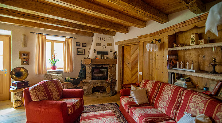 book online-holiday in the mountains